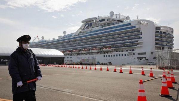 Coronavirus: 138 Indians trapped in Japan ship, efforts to evacuate intensify | Coronavirus: जापान के जहाज में फंसे 138 भारतीय, निकालने के प्रयास तेज