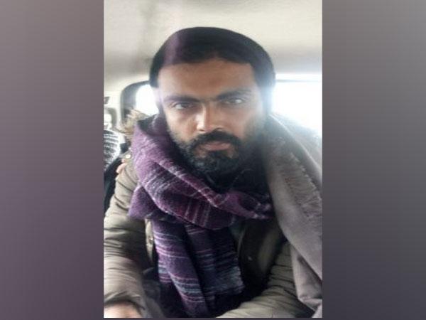 Delhi's Karkardooma Court remands JNU student Sharjeel Imam to judicial custody | दिल्ली हिंसाः कोर्ट ने शर्जील इमाम को 14 दिनों की न्यायिक हिरासत में भेजा,यूएपीएके तहत अरेस्ट
