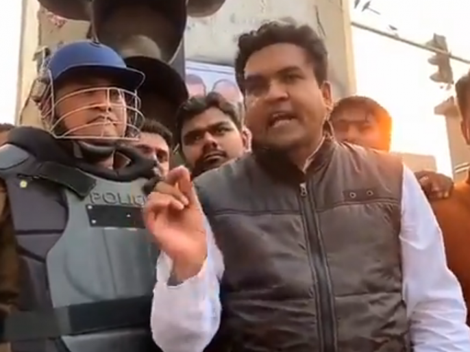 Delhi violence: Narendra Modi government said on Kapil Mishra in high court - No action atmosphere yet on provocative statement | दिल्ली हिंसा: नरेंद्र मोदी सरकार ने कपिल मिश्रा पर हाई कोर्ट में कहा- भड़काऊ बयान पर अभी एक्शन का माहौल नहीं