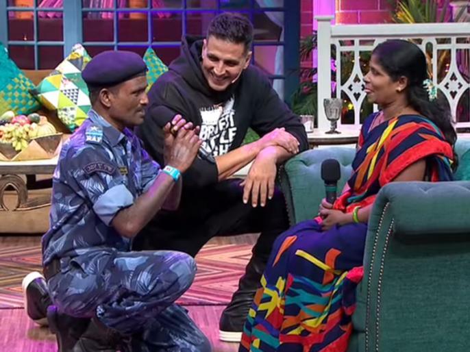 When the CRPF jawan sang in the show at Kapil's show, the wife's eyes   जब कपिल के शो में सीआरपीएफ जवान ने गाया गाना तो नम हो गईं पत्नी की आंखे, देखें वीडियो