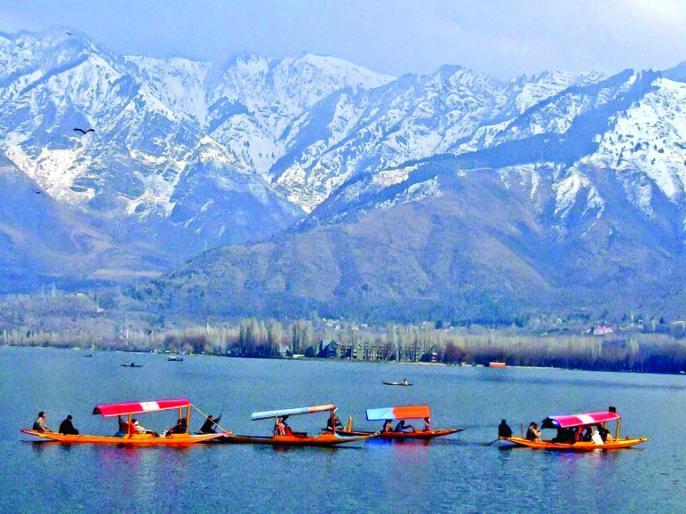 jammuKashmir tourism Corona hoveredexpectedcause around 40 to 60 thousand crore loss | कश्मीर पर्यटन परकोरोना का साया मंडराया,करीब40से60हजार करोड़ नुकसान होने की उम्मीद