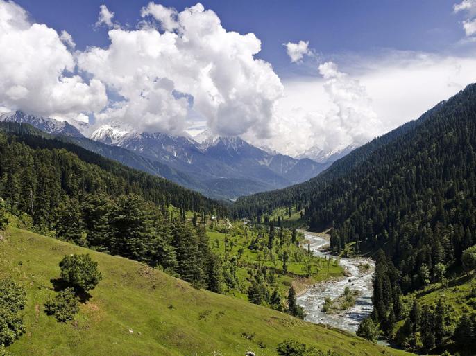 Jammu and Kashmir Chief Secretary reviews tourism promotion campaign | जम्मू कश्मीर के मुख्य सचिव ने पर्यटन प्रचार अभियान की समीक्षा की