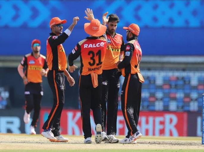 IPL 2021 PBKS vs SRH Kedar Jadhav outstanding catch KL Rahul on Bhuvneshwar Kumar ball   IPL 2021: चेन्नई ने बाहर निकाला, हैदराबाद ने बैठा दिया बेंच पर, अब मैदान पर आते ही केदार जाधव ने किया कमाल