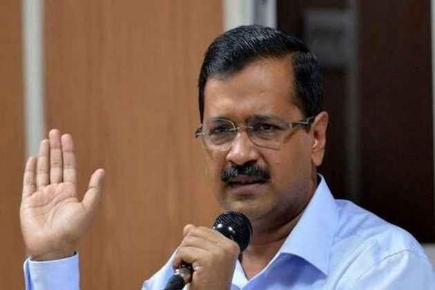 Give Details of PPE Kits Given to Sanitation Workers on Daily Basis says Delhi HC to AAP Govt, 3 MCDs | केजरीवाल सरकार और निगमों से HC ने कहा- सफाई कर्मियों को दिए जा रहे पीपीई किट का दें ब्योरा