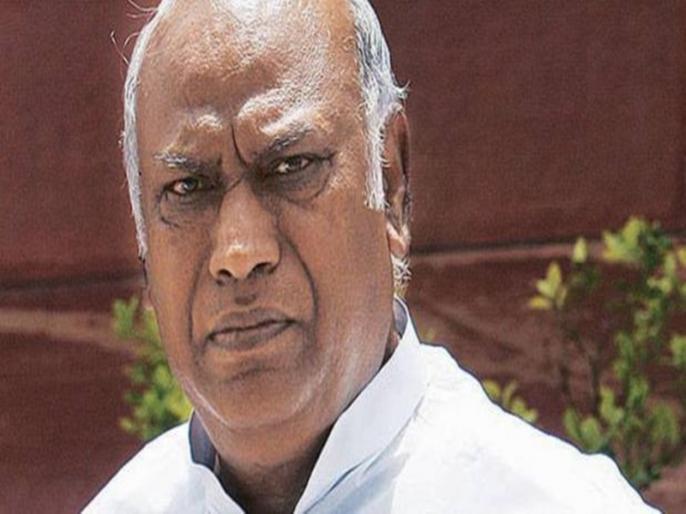 Cong. Leader Kharge will not attend the meeting called for Lokpal | लोकपाल नियुक्ति के लिए बुलाई बैठक में खड़गे ने जाने से किया इंकार