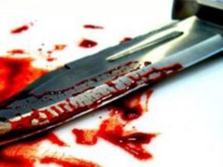 up husband or his brother killed her wife in banda   महिला की पति और देवर ने चाकुओं से गोदकर की हत्या, पिता के घर में घुसकर दिया वारदात को अंजाम