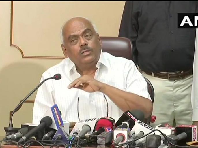 Karnataka Speaker says 8 Resignation letters weren't in prescribed format I love this land | कर्नाटक स्पीकर ने कहा, बागी विधायकों ने ऐसा बर्ताव किया जैसे भूकंप आया हो, पूरी रात करूंगा इस्तीफे की जांच