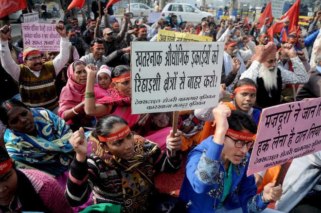 delhi nationalLabour Ministry proposes 12 working hoursnew draft ruleshalf an hour rest   श्रम मंत्रालयः आठ नहीं 12घंटे के कार्यदिवस काप्रस्ताव,आधे घंटे का विश्राम, जानिए क्या होंगे फायदे
