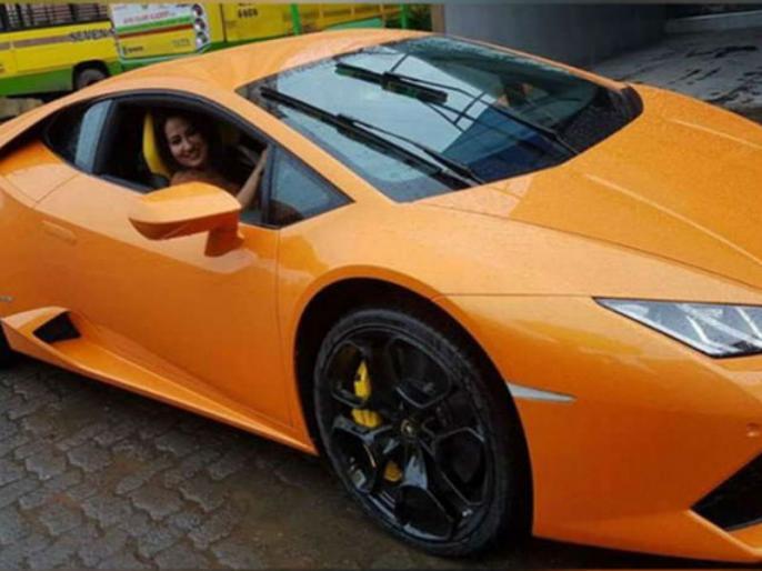BJP MLA gifted Lamborghini car on his wife birthday, she got an accident | पत्नी को 5.5 करोड़ की लैम्बॉर्गिनी गिफ्ट कर खुश हो रहे थे बीजेपी विधायक, कार में बैठते ही बीवी ने उड़ा दिया होश