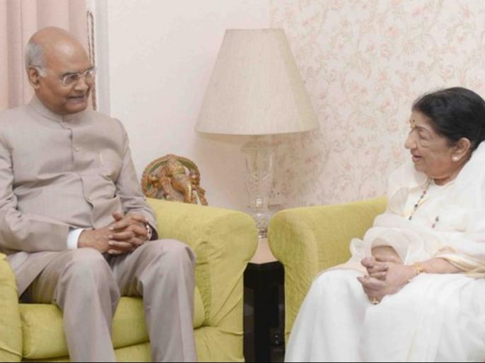 president ram nath kovind meets Lata Mangeshkar | राष्ट्रपति रामनाथ कोविंद ने की लता मंगेशकर से मुलाकात, ट्वीट कर कही ये बात