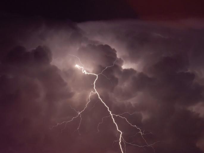 8 dead due to lightning strikes in Bihar, 78000 people evacuated from flood affected area | बिहार में आकाशीय बिजली गिरने से 8 लोगों की मौत, बाढ़ प्रभावित इलाके से 7800 लोगों को निकाला गया