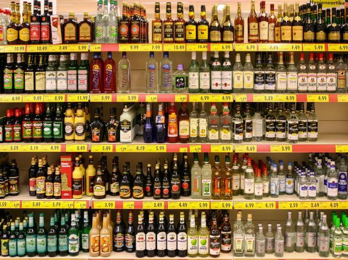 Uttar Pradesh: Now liquor will be sold in shopping malls too | उत्तर प्रदेश: अब शॉपिंग मॉल में भी बिकेगी शराब, जानें क्या हा पूरा माजरा