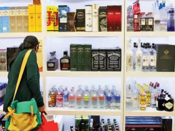 sale of premium brands of liquor to be allowed in malls across uttar pradesh govt gives approval   उत्तर प्रदेश के शॉपिंग मॉल्स में भी बिकेगी शराब और बीयर, योगी सरकार ने लिया ये बड़ा फैसला