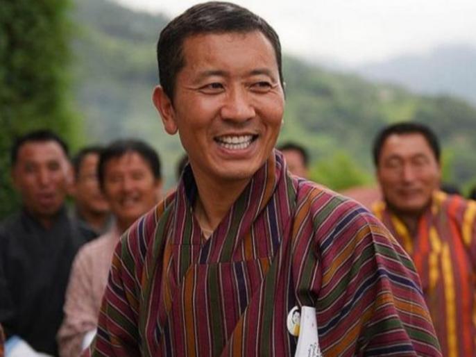 Bhutan government teachers, doctors top paid civil servants | भूटान में नौकरशाहों से ज्यादा शिक्षकों और डॉक्टरों की होगी सैलरी, जानें प्रधानमंत्री ने क्यों लिया ये फैसला