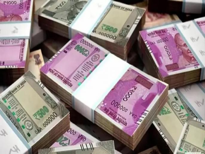 Lottery windfall for Punjab housewife wins Rs 1 crore for Rs 100 ticket | पति चलाते हैं छोटी सी कपड़े की दुकान, पत्नी के साथ हुआ कुछ ऐसा कि रातोंरात बन गई करोड़पति और फिर...