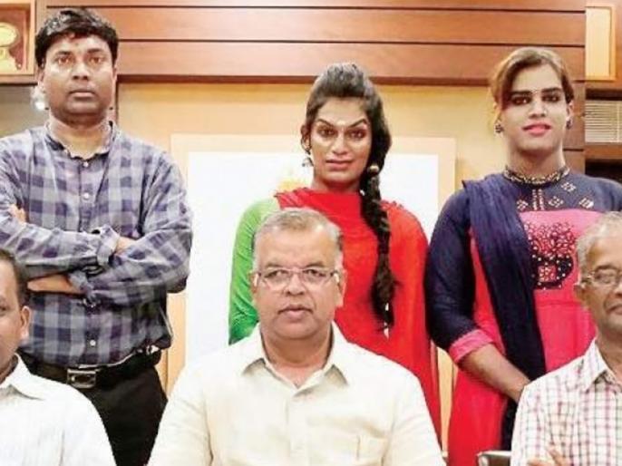 Chennai's Loyola College admission two transgender in undergraduate courses | चेन्नईः 6 साल तक भटकने के बाद ट्रांसजेंडर रिया को लॉयला कॉलेज ने दिया एडमिशन