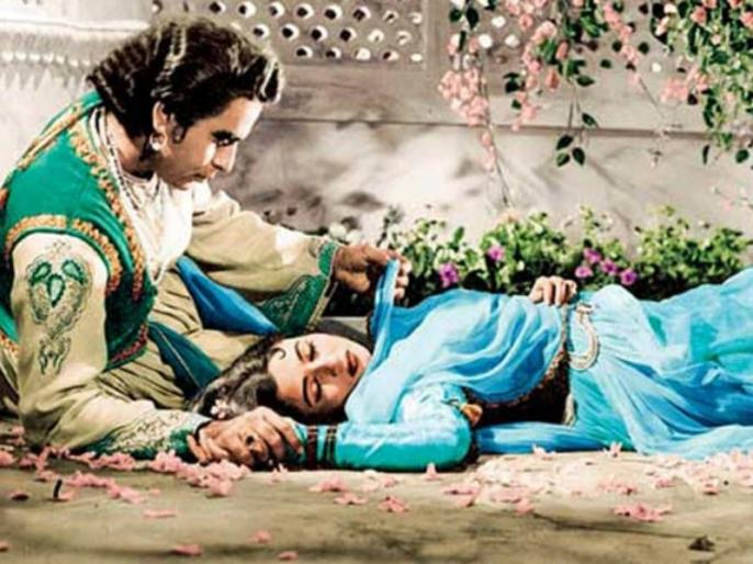MadhuBala Dilip Kumar Love Story: When Dilip Kumar could not see Madhubala for the last time | MadhuBala Dilip Kumar Love Story: जब आखिरी बार मधुबाला को नहीं देख पाए दिलीप कुमार, पढ़ें दोनों के अधूरे इश्क की दास्तां