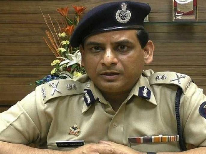 MaharashtraDGP Hemant NagraleNaxalism work at ground level discuss strategy mumbai naxal | पुलिस महानिदेशक बोले-नक्सलवाद को जड़ से खत्म करने के लिए ग्राउंड लेवल पर काम,रणनीति पर चर्चा
