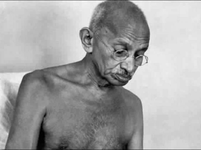 mahatma gandhi birth anniversary mk gandhi journalism truth communicates | मिलिए पत्रकार गांधी से, जब अदालत में हुआ अपमान तो बापू ने प्रतिरोध के लिए उठाई थी कलम