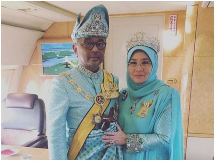 Malaysia's king, queen under quarantine after 7 palace employees test positive for COVID-19 | मलेशिया में राजमहल के 7 कर्मी कोरोना वायरस संक्रमित, राजा, रानी का खुद को अलग रखने का फैसला