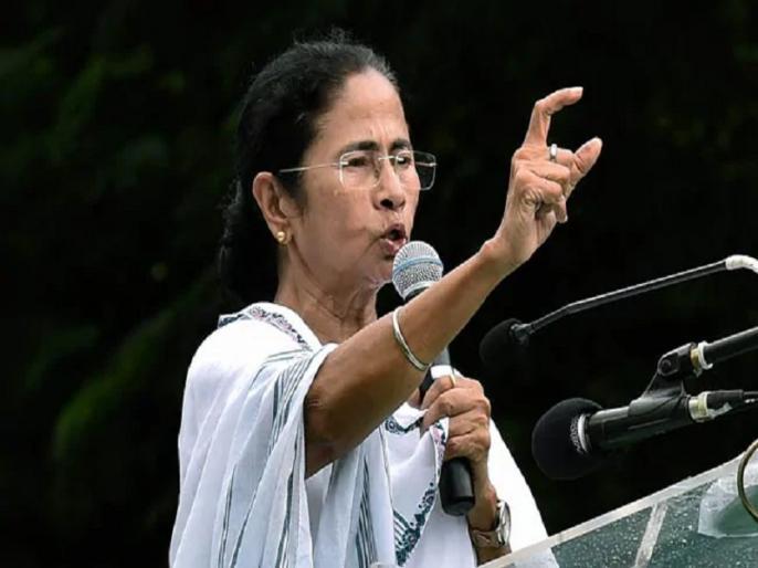 mamata banerjee says narendra modi 56 inch chest like ravana and gabber | दिल्ली के मंच से पीएम मोदी पर जमकर बरसीं ममता बनर्जी, कहा- 56 इंच की छाती तो रावण की भी थी
