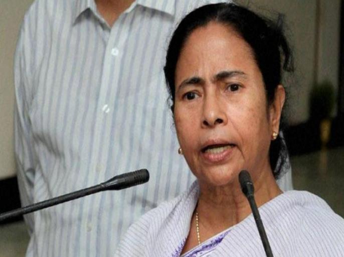 Mamta Banerjee's attack on Modi government, said- Indian Railways is running 'Corona Express' train in the name of Shramik Special Train | ममता बनर्जी का मोदी सरकार पर हमला, कहा- श्रमिक स्पेशल ट्रेन के नाम पर भारतीय रेल 'कोरोना एक्सप्रेस'ट्रेन चला रही है
