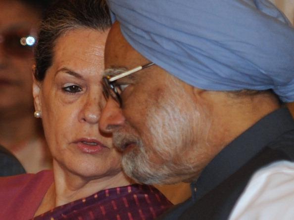 Barack Obama memoir A Promised Land praises Manmohan Singh also writes in Rahul Gandhi and Sonia Gandhi | ओबामा की किताब में मनमोहन सिंह की जमकर तारीफ, सोनिया गांधी ने क्यों बनाया था उन्हें पीएम, इस पर भी बड़ी टिप्पणी