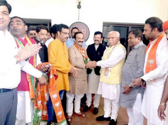 Haryana Election 2019 before 9 days of voting 2 congress leaders join BJP | हरियाणा चुनाव 2019: कांग्रेस को फिर लगा झटका, ये दो बड़े नेता बीजेपी में हुए शामिल