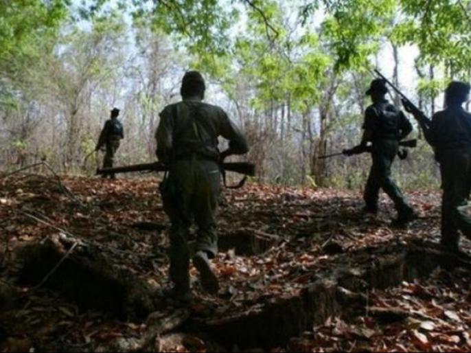 Two people arrested in Telangana for keeping contact with Maoists | माओवादियों से संपर्क रखने को लेकर तेलंगाना में दो लोग गिरफ्तार
