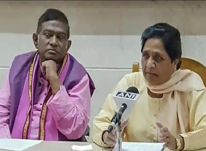 BSP Chief Mayawati addressing a public rally in Chhattisgarh's Bilaspur | गठबंधन के बाद पहली बार बोली मायावती-हिंदुत्व की आड़ में बीजेपी कर रही है खिलवाड़, राम मंदिर मुद्दा है उदाहरण