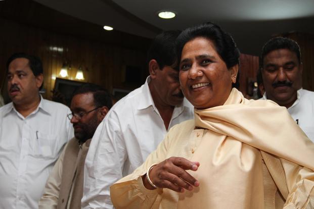 Mayawati will celebrate her 63rd birthday in Lucknow and Delhi, BSP workers prepared | मायावती यहां मनाएंगी अपना 63वां जन्मदिन, बसपा कार्यकर्ताओं ने की व्यापक तैयारियां