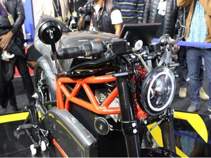 Auto Expo 2018: Menza Lucat electric bike launched at a price of Rs 2.79 lakh | Auto Expo 2018: ये है सबसे सस्ती इलेक्ट्रिक कैफे रेसर बाइक, जानें कीमत और खासियत