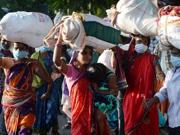 in Corona epidemic 25 thousand non Kashmiri migrant workers leave Kashmir return to Jammu Kashmir | कोरोना महामारी में कश्मीर छोड़ 25 हजार गैर कश्मीरी प्रवासी श्रमिक जम्मू कश्मीर वापस लौटे
