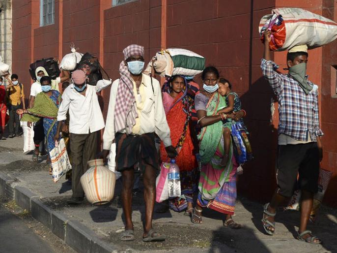 Coronavirus: Migrants who boarded a bus to go to UP from Haryana quarantined in Sonipat | Coronavirus: हरियाणा से यूपी जाने के लिये बस पर सवार हुए प्रवासी, सोनीपत के ही आश्रयगृह में उतार दिए गए