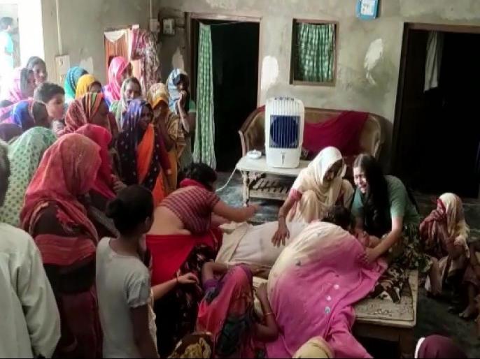 Lakhimpur Kheri: Former MLA Narendra Mishra allegedly beaten to death over a land dispute | यूपी: जमीन विवाद को लेकर पूर्व विधायक की पीट-पीटकर हत्या, घायल बेटा अस्पताल में भर्ती