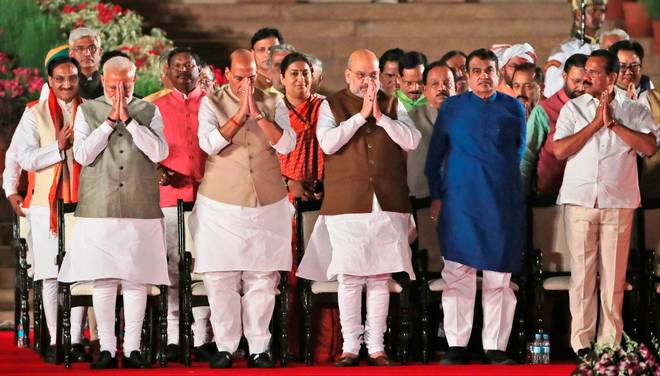 Modi cabinet 2019: Represented Dalit community more than Nehru-Rajiv-Manmohan cabinet | मोदी कैबिनेट 2019: दलित समुदाय का प्रतिनिधित्व नेहरू-राजीव-मनमोहन कैबिनेट से ज्यादा