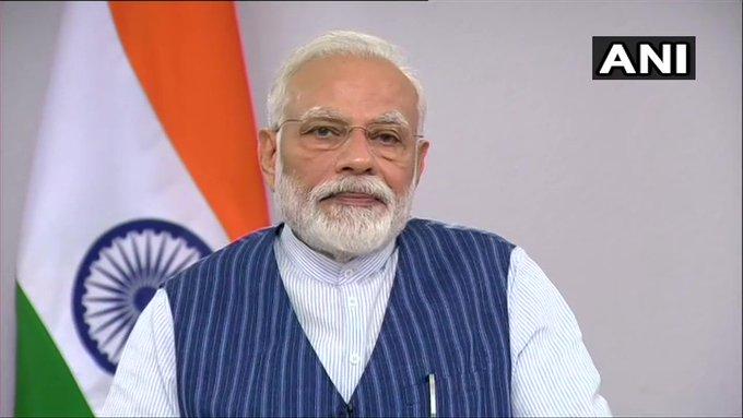 Devdutt Pattanaik question on PM Modi statement of Mahabharata won in 18 days, battle against coronavirus will take 21 days | 18 दिन में महाभारत जीतने वाली पीएम मोदी की बात पर लेखक ने उठाए सवाल, कहा- ये भूल गए कि पांडवों ने खो दिए थे सारे बच्चे