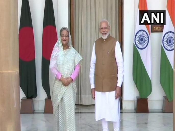 PM Narendra Modi conveys Eid-ul-Azha greetings to Bangladesh PM Sheikh Hasina   पीएम मोदी ने बांग्लादेश की प्रधानमंत्री शेख हसीना को लिखा पत्र, बकरीद की बधाई देते हुए कही ये बात