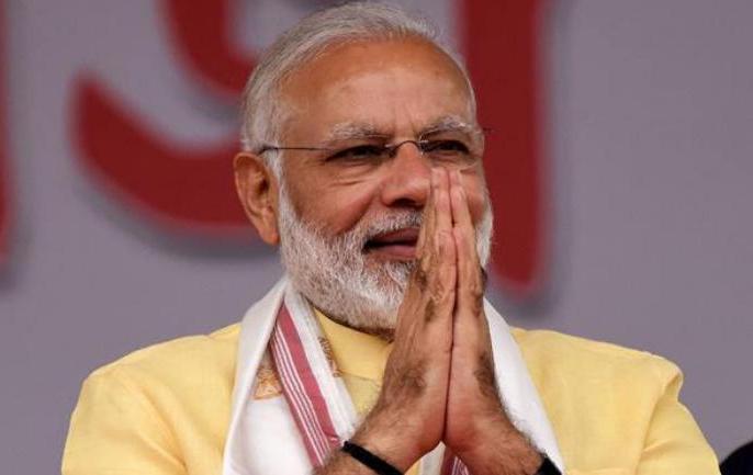 PM Narendra Modi birthday asks people to wear mask follow social distancing in corona crisis | पीएम नरेंद्र मोदी ने आधी रात को किया ट्वीट, 'बर्थडे गिफ्ट' में देश के लोगों से मांगी ये 5 चीजें