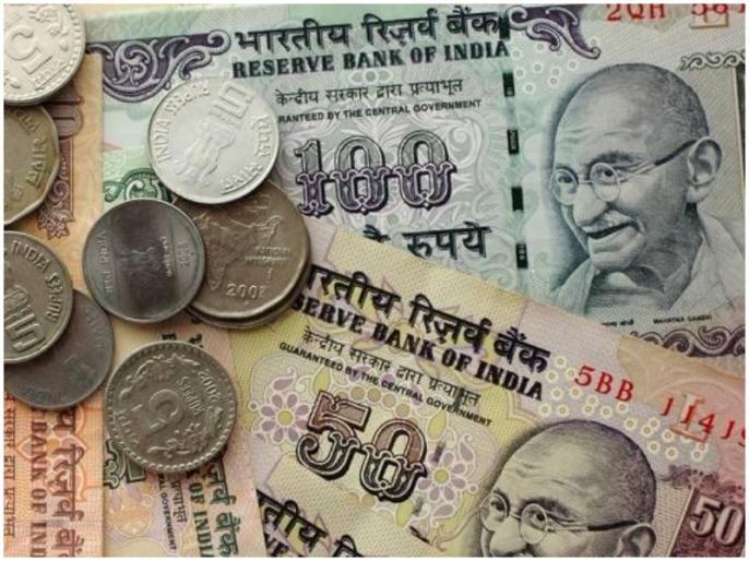 Santosh Sav is disappointed but does not take free money amid lockdown | लॉकडाउन के बीच यूपी के संतोष साव कोलकाता में चला रहे रिक्शा, कमाई न होने के बाद भी नहीं मांग रहे पैसे