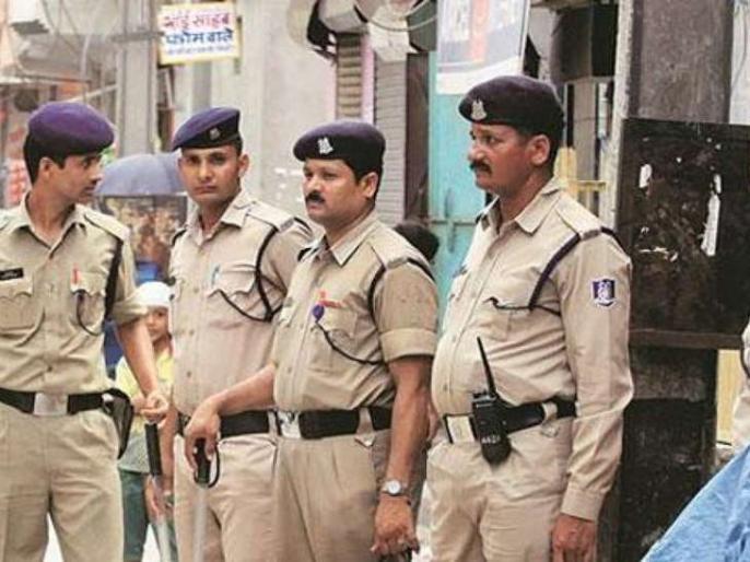 MP indore bjp leader and his sons arrested in murder case | बीजेपी नेता ने की प्रेमिका की हत्या, पुलिस को धोखा देने के लिए 'दृश्यम' फिल्म की तरह गाड़ दिया कुत्ते का शव