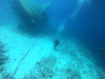 Video: National Coast Guard in search of Sir Gaetan Duval, Mauritius, identified in 18 meter water depth | Video: Sir Gaetan Duval की खोज में जुटें नेशनल कोस्ट गार्ड मॉरीशस, 18 मीटर पानी की गहराई में हुई पहचान