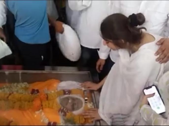 Bhaiyyu maharaj daughter says reason behind suicide of father viral on social media | भय्यू महाराज की बेटी का बयान वायरल, कहा- सौतेली मां है पिता के खुदकुशी की वजह