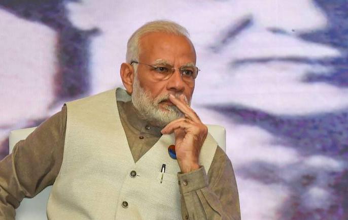 Noida man dials 100, issues threat for PM Modi; arrested | नोएडा: प्रधानमंत्री की हत्या की धमकी देने वाला गिरफ्तार, पुलिस की टीम कर रही है पूछताछ