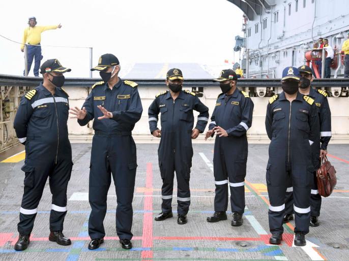 Indian NavyPreparations war maritime zoneship destroyed anti-ship missile watch video   भारतीय नौसेनाःसमुद्री क्षेत्र में युद्ध की तैयारी,पोत-रोधी मिसाइल से जहाज को किया नष्ट, देखें वीडियो