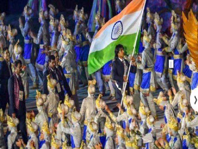 asian games 2018 neeraj chopra flag bearer for indian contingent in opening ceremony | Asian Games 2018: नीरज चोपड़ा भारतीय दल के बने ध्वजवाहक, शानदार रहा उद्घाटन समारोह