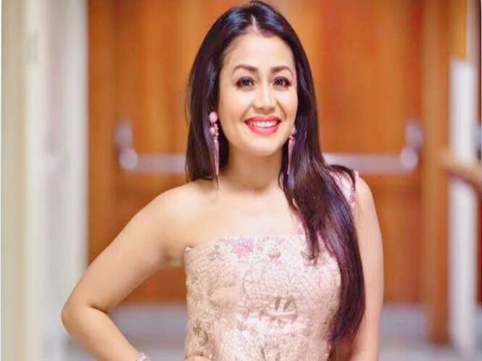 Neha kakkar and anu malik indian idol video viral where anu malik slapped himself after listening her song | जब नेहा कक्कड़ का गाना सुन अनु मलिक ने कहा- तेरी आवाज सुनकर लगता है अपने मुंह पर मारूं थप्पड़, वीडियो वायरल