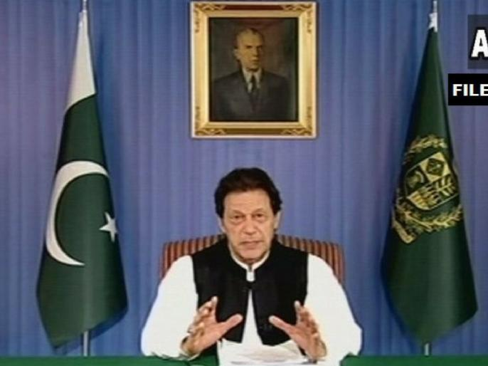 Pakistan prime minster imran khan defends Navjot Singh Sidhu   नवजोत सिंह सिद्धू के समर्थन में आए पाकिस्तान के नए PM इमरान खान, कहीं ये बातें
