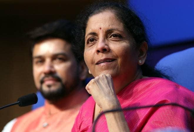 Nirmala Sitharaman says Cabinet has given approval for the launch of Bharat Bond Exchange Traded Fund | मोदी कैबिनेट ने भारत बॉन्ड एक्सचेंज ट्रेडेड फंड के लॉन्च की मंजूरी दी, होगी देश की पहली कॉरपोरेट बॉन्ड ईटीएफ