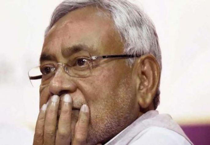 Bihar CM Nitish Kumar announced Rs 2 lakhs each to the victims of Delhi Fire incident | दिल्ली में आग से 43 मरे, बिहार CM नीतीश कुमार ने किया 2 लाख रुपये के मुआवजे का ऐलान